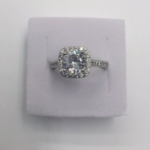 1 CARAT Simulated diamond CZ 925(sterling silver)